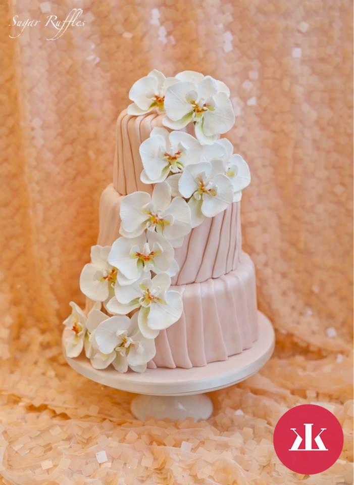 0f2a559e2f Trendy svadobné torty - výrazné farby
