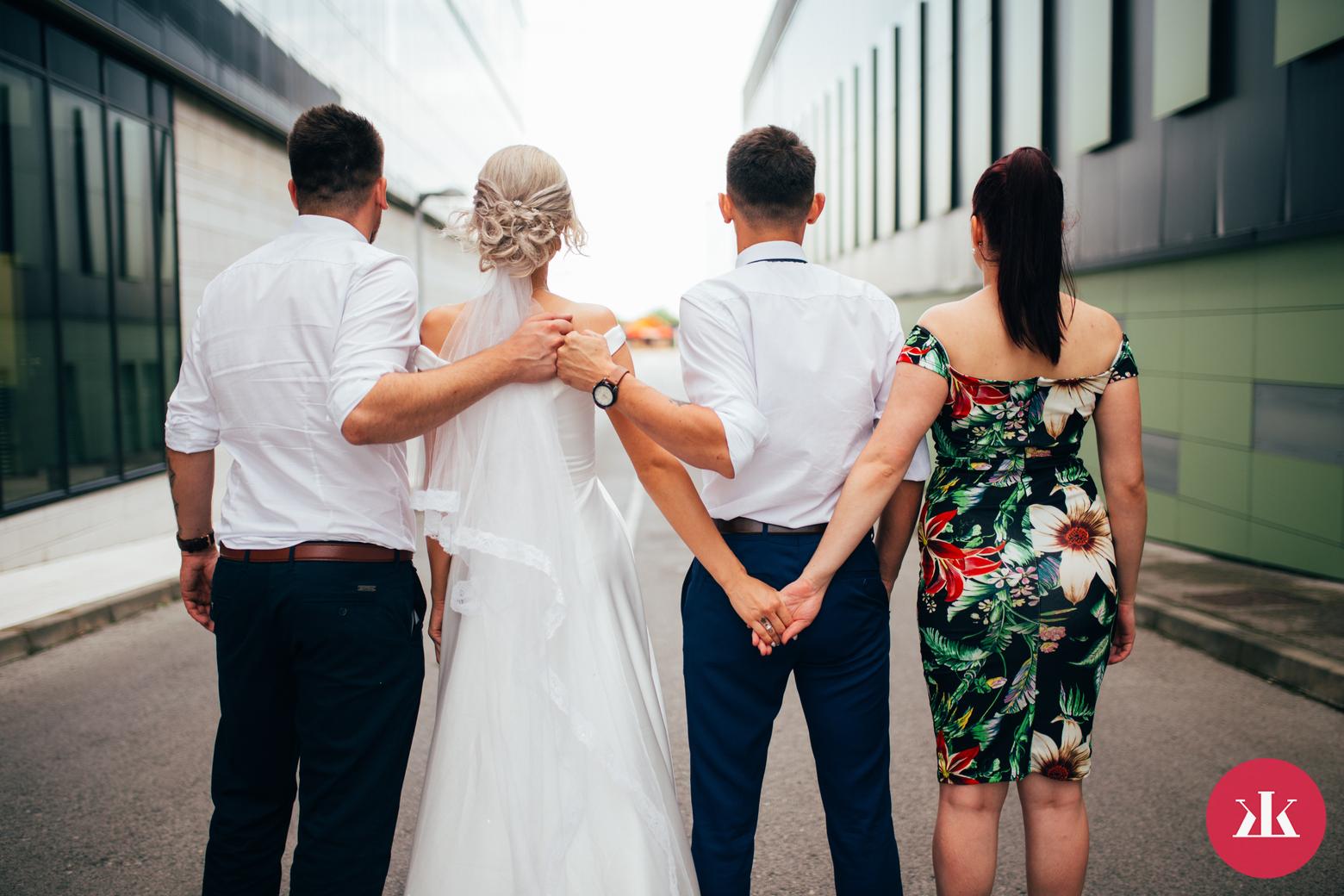 44970813b2a1 7 základných povinností družičky počas svadobného dňa  Čaká ťa to ...