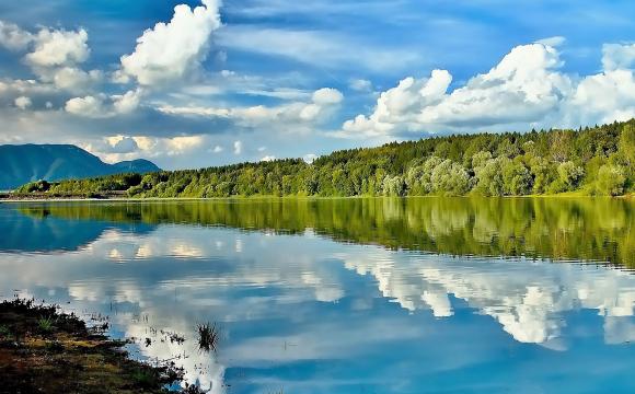 Cestovanie Najkrajsie-jazera-sveta include include Premena-Jarne ... b7a2dee09b0