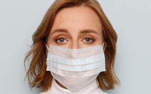 Ako sa starať o pokožku namáhanú nosením rúška?