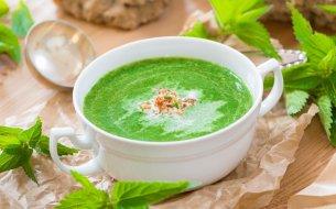 Tip na Zelený štvrtok: Žihľavová polievka – zdravšia ako špenátová