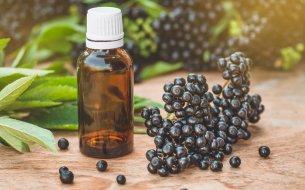 Olej z čiernej bazy: Ako vplýva na naše zdravie a ako pomôže pleti?