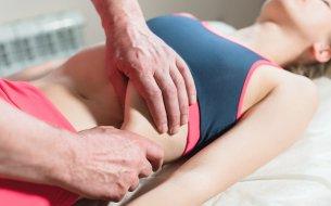 Masáž vnútorných orgánov: Toto nezvládne úplne každý!