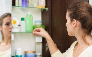 Hygienické pravidlá pre kozmetiku: Na čo si posvietiť v kúpeľni?