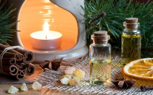 Vône na zimu: Ktoré éterické oleje a sviečky dodajú príbytku tú správnu atmosféru