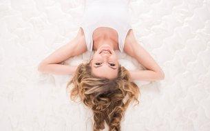 Ako si vyčistiť matrac? Urob to nasledovne a nebudeš sa váľať vo vlastnej špine