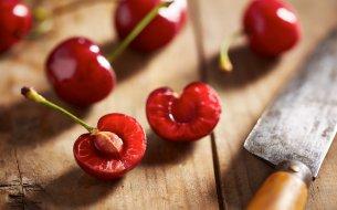 Prečo nikdy nevyhadzovať kôstky z čerešní? Je to najväčšia chyba, akú môžeš urobiť!