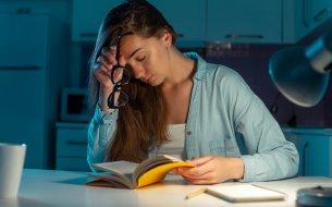 Najčastejšia príčina únavy a vyčerpania: Dostatok spánku ti nepomôže!