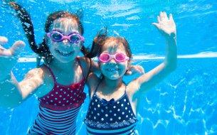 Chodíš s deťmi na kúpalisko? Pozor na nebezpečné suché utopenie!