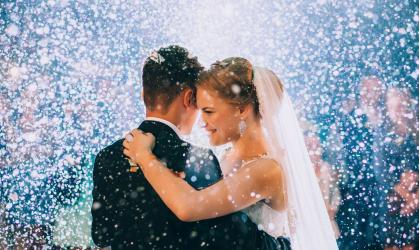 """Muži a ich ,,užitočnosť"""" pri príprave svadby"""
