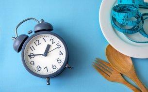 Počula si už o poldennom pôste? Spoznaj výhody intermittent fasting!