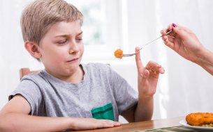 Vyberavosť v jedle u detí: Čo s ňou robiť podľa nových štúdií?